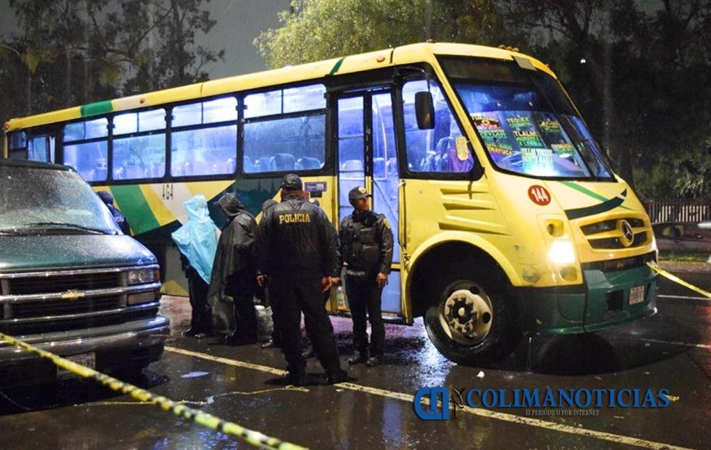 Asaltantes desatan balacera al intentar robar mismo camión