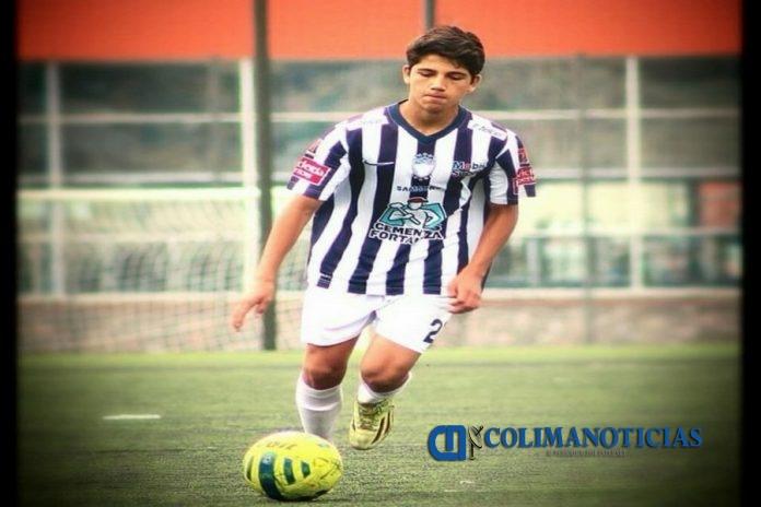 0182.ENERO2018 COPAMX Pachuca FC Kevin Álvarez 696x464 - Llaman al futbolista colimense Kevin Álvarez a la Selección Nacional