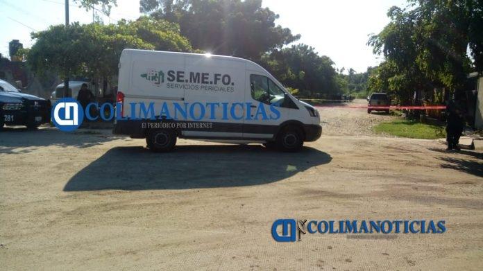 semefo manzanillo 696x391 - Asesinan a un hombre en el ejido La Floreña