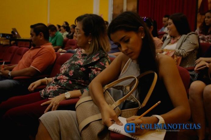 Ayuntamiento de Colima y UdeC brindan taller sobre el fortalecimiento de negocios y empresas