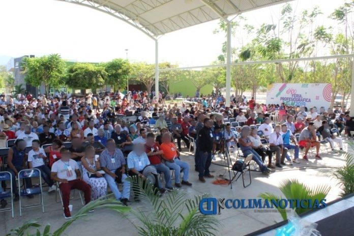 Convención AA 696x464 - Llegan a Manzanillo grupos de AA de todo el país y Latinoamérica
