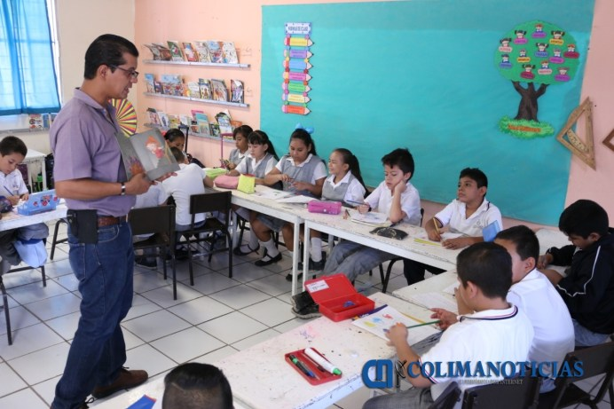 Convoca SE a egresados profesionales para impartir clases de inglés