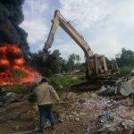 Incendio Recicladora 150x150 - Combaten incendio de llantas, en recicladora sobre el libramiento Ejército Mexicano