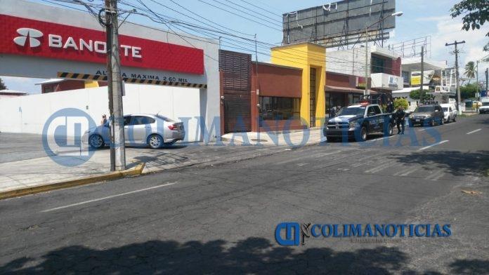 Reportan robo afuera de Banorte San Fernando 696x392 - Reportan robo afuera de Banorte San Fernando
