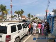 Se manifiestan vecinos y detienen obra en el boulevard costero de Manzanillo (2)