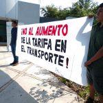 Estudiantes entregan firmas contra aumento al transporte público 150x150 - Estudiantes entregan firmas contra aumento al transporte público