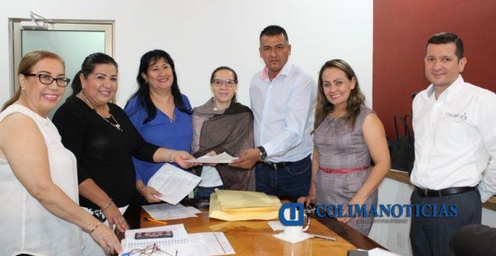 Once aspirantes al Premio a Adultos Mayores del Estado de Colima 696x360 - Once aspirantes al Premio a Adultos Mayores del Estado de Colima