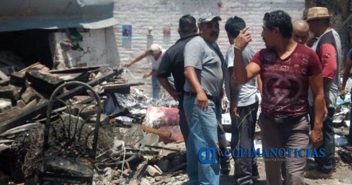 taller pirotecnia  696x367 - Dos personas muertas por explosión de taller de pirotecnia en Estado de México