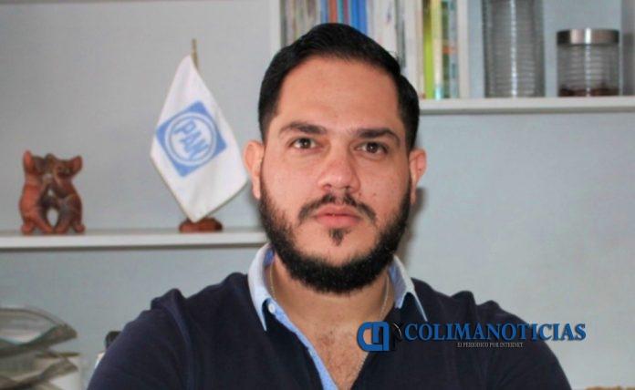 Alejandro García pan 696x428 - Necesario aclarar presuntas anomalías señaladas a Indira Vizcaíno: PAN Colima