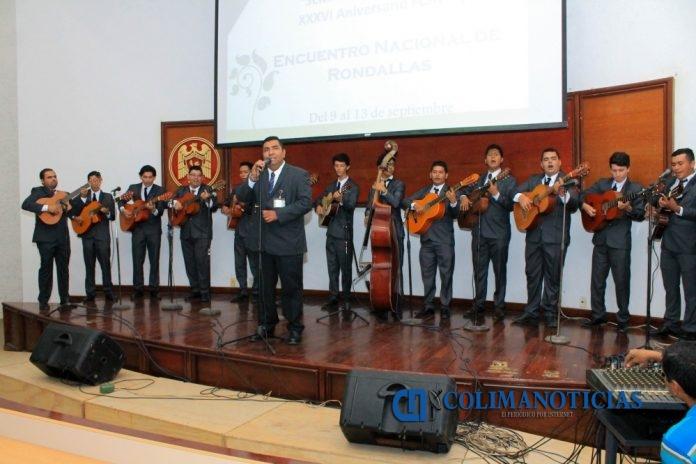 Encuentro Nacional de Rondallas Rondalla Voces Universitarias 696x464 - Reúne aniversario de plantel tres rondallas de México, en Tecomán