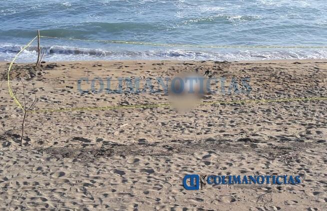 ahogado en manzanillo - Sale a flote cuerpo de menor devorado ayer por el mar