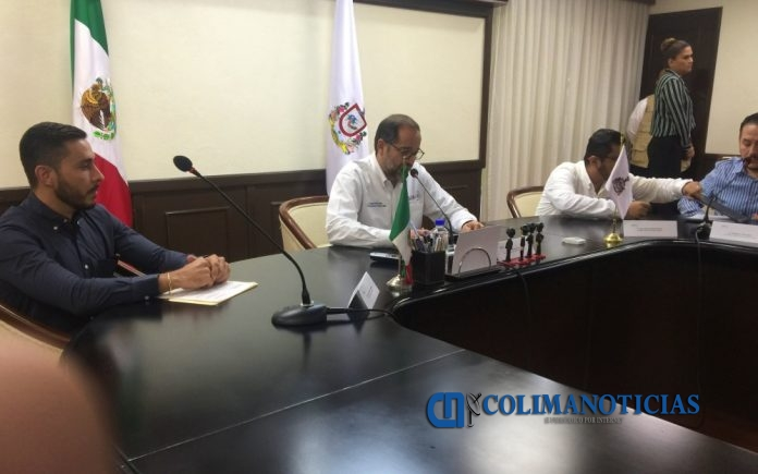 propuesta gobernador cambio de nombre 696x435 - Peralta Sánchez propone reforma para que cambio de nombre se haga por la vía administrativa