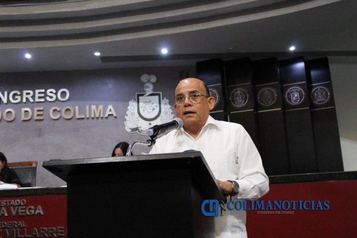 Arturo García Arias 696x464 - Aprueba Congreso la creación del Instituto de Bomberos y otorgarle presupuesto