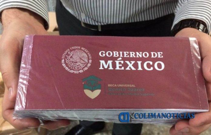 becas gobierno de mexico 696x445 - Becas 'Benito Juárez' se entregan conforme al calendario escolar