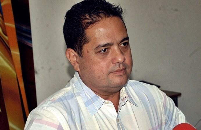Carlos César Farías