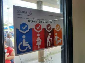 Fomentan valores de inclusión en Kioscos de Gobierno y Receptorías 2