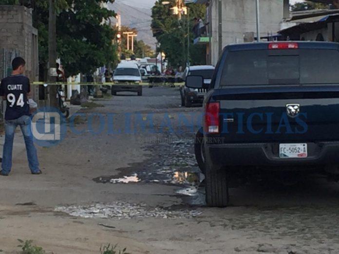 tres ejecutados en Manzanillo 696x522 - Ultiman a tres jóvenes en la colonia Paseo del Mar, en Santiago, Manzanillo