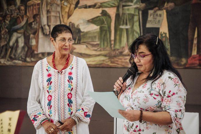 """Conferencia ¿Es invisible la presencia femenina en la sociedad a 696x464 - """"¿Es invisible la presencia femenina en la sociedad?"""": Teresa Valdés"""