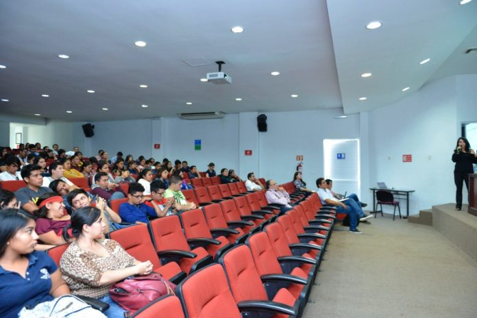 Conferencia Procesos Cognitivos de la Actividad Geométrica 696x465 - Importante, recuperar Geometría en enseñanza de Matemáticas: Experta