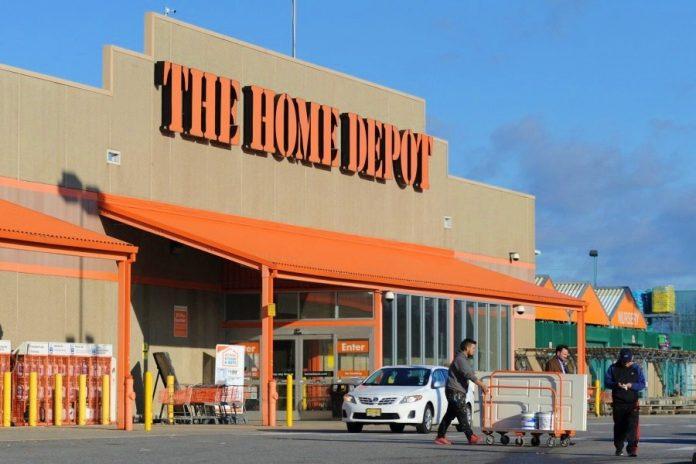Home Depot 696x464 - Trabajadores de Home Depot amenazan con huelga en 13 estados; Colima, entre ellos - #Noticias