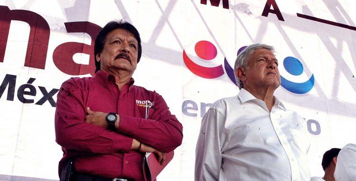 Sergio Jiménez Bojado y amlo 696x355 - Militante de Morena que participe en asamblea de otra organización política queda fuera del Partido: Bojado - #Noticias