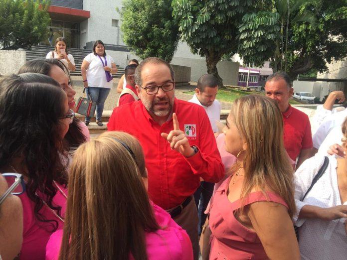 Nacho Peralta PRI 696x522 - Manifestaciones se dan por la insensibilidad de algunos representantes populares y jefes de gobierno: Peralta - #Noticias