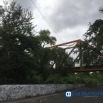 puente cielo nublado