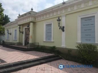 zona centro de la barda se encuentra la imagen de Miguel Hidalgo y Costilla2