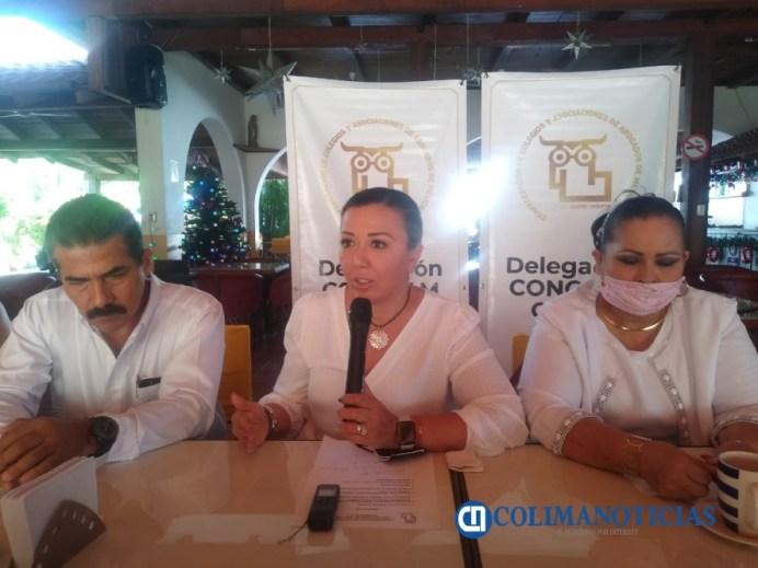 Alejandro Brambila toma protesta como delegado en Tecomán de la Concaam