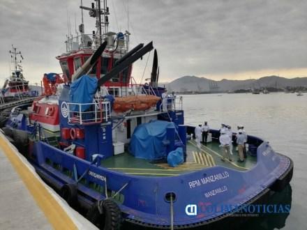 Capitanía de Puerto de Manzanillo abanderó dos remolcadores