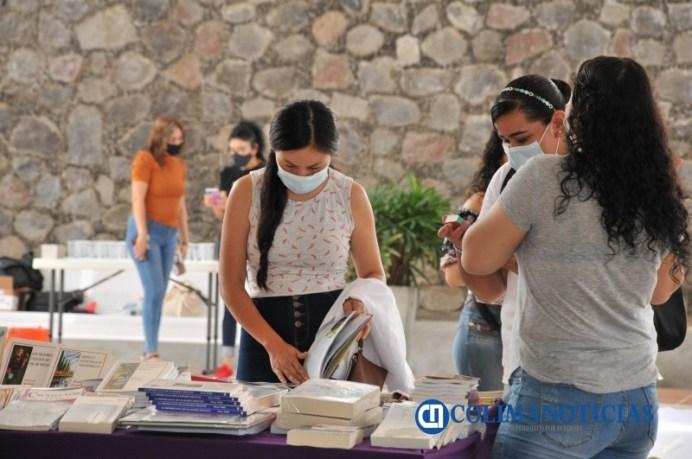 Ya inició expo venta de libros en Altexto 2021_c