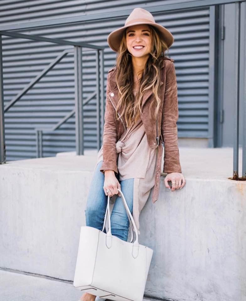 Dani Austin | Best Bloggers to Follow