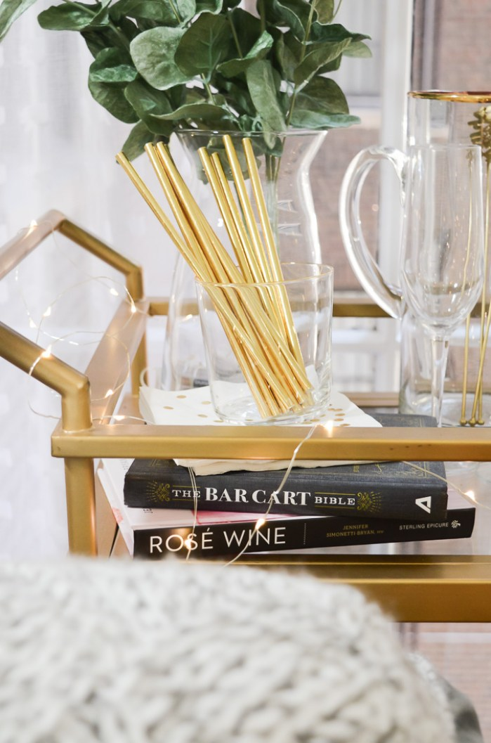 What to Put on a Bar Cart