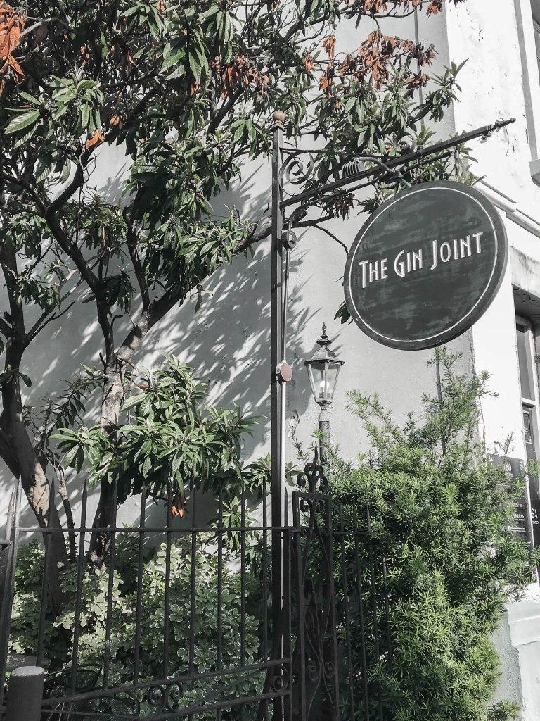 Charleston Travel Guide: Best Cocktails