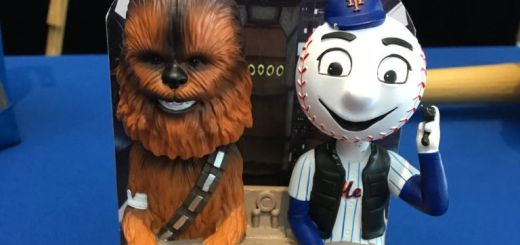 On May 19th the NY Mets will be giving away a Mr Met Solo themed bobble head