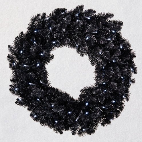 Star-Galaxy-Black-Artificial-Wreath-With-Lights_3999QFM6139_01