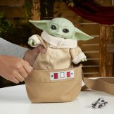 STAR WARS THE CHILD ANIMATRONIC EDITION WITH 3-IN-1 CARRIER - lifestyle (10)