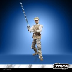 STAR WARS THE VINTAGE COLLECTION 3.75-INCH LUKE SKYWALKER (HOTH) Figure - oop (1)