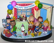 Peanuts Gang birthday party scene Figurine