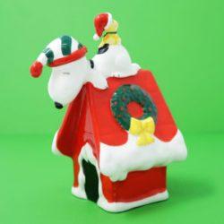 Click to view Peanuts Christmas Decor