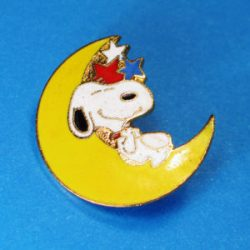 Click to view Snoopy Pins
