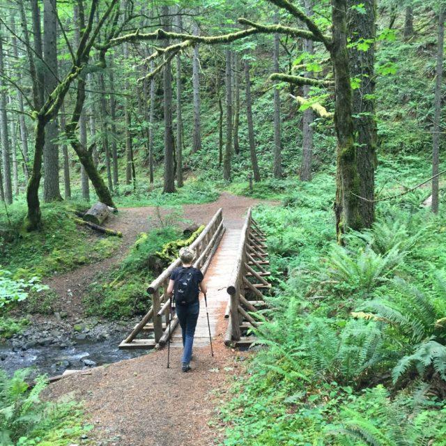 Hiking in Oregon - Kevin Redl