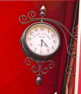 Grand Central clock outside Pitzman restaurant, Marais, Paris