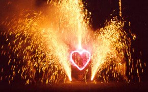 Say I love you with a fireworks display - Propose in Paris