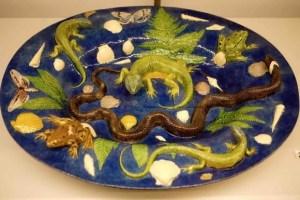 Reptiles on a plate Trompe l'Œil example at Musée des Arts décoratifs