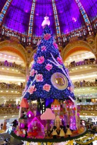 Galeries Lafayette 2013 Christmas tree under the cupola