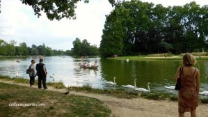 Boating, picnics and swans on Lac Daumesnil in the Bois de Vincennes, Paris