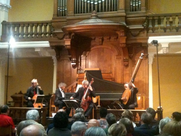 Temple Foyer Marin Marais concert01 colleensparis