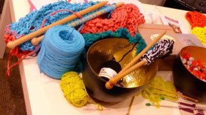 thick yarn and wood needles at aiguille en fete 2015