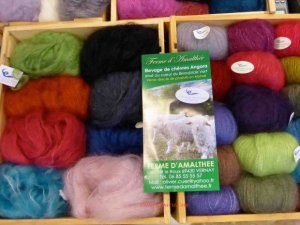 box of angora yarn Ferme d'Amalthee in Vernay France